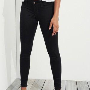 Hollister velvet blue skinny jeans